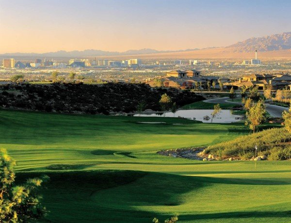 The Country Club is a championship golf course with spectacular city views