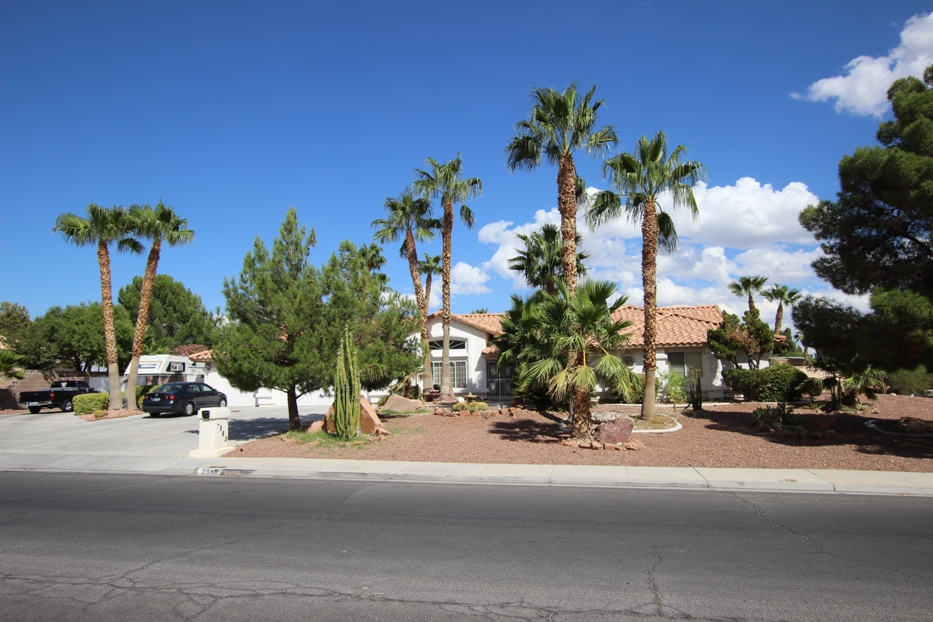 2982 S. Tenaya is the subject of a MEGA OPEN HOUSE this weekend!